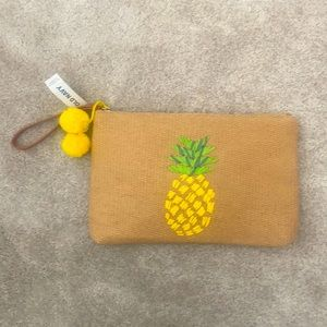 Old Navy Woven Pineapple Clutch Bag 🍍